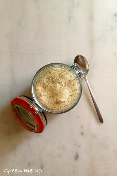 lessive poudre écologique durable efficace savon soude bicarbonate